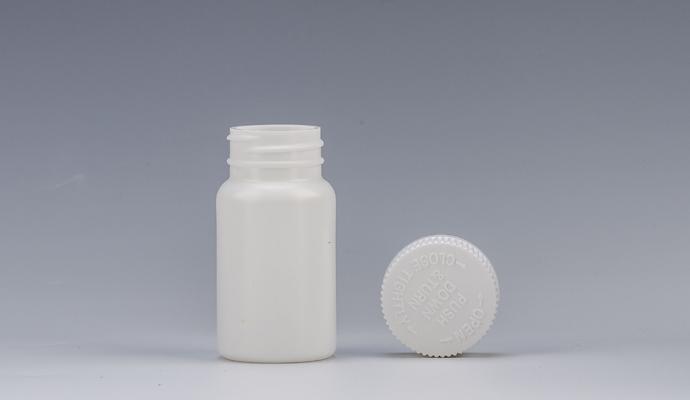 Why Pharma Factories Choose Child Resistant Cap