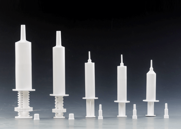 The sizes for plastic syringes