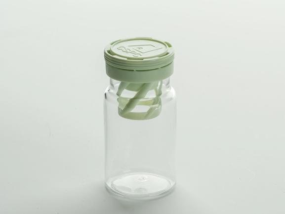 Transparent PET bottle with desiccant spiral cap T010