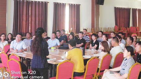 All sales and workers take part in Xinfuda action education and training